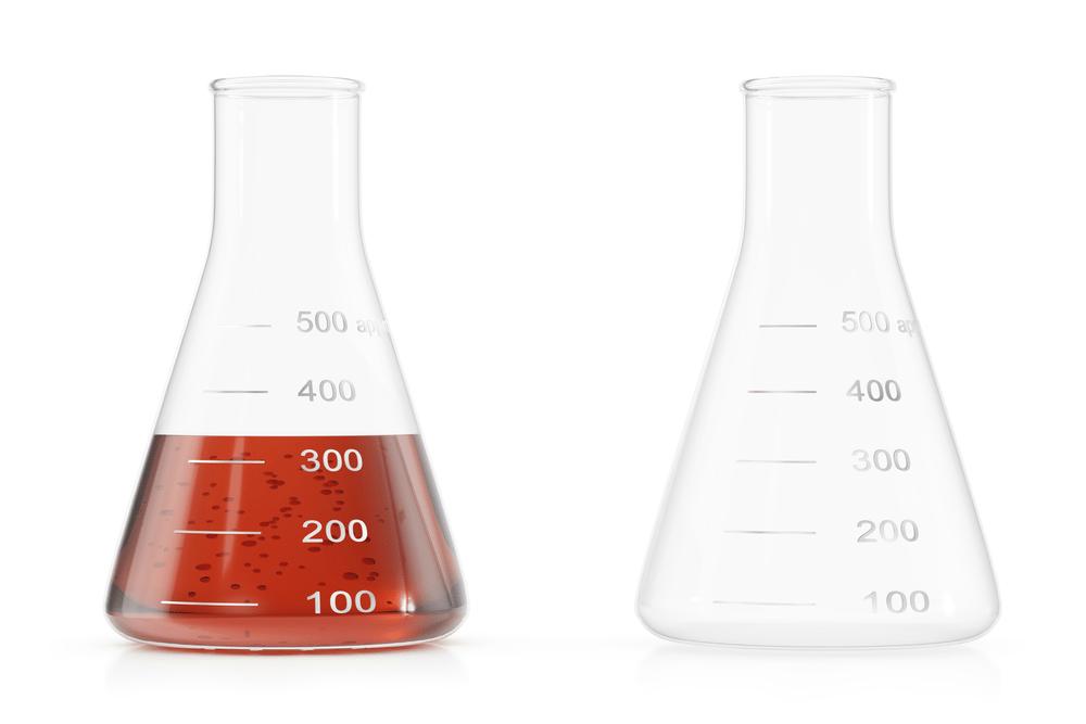 Image of two beakers requiring alt text descriptions